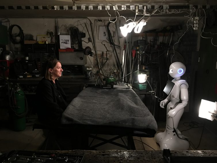 """H.A.U.S. Performance """"The Robot is Present"""" at Ars Electronica 2017"""