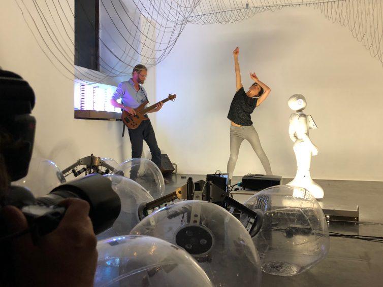 ITTEN, BREATH, ROBOT – impro robot dance performance – 26.10.19