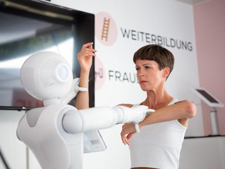 Arbeit – Digital – Affektiv; 3 Tanz-Performances und 1 Raum-Spiel in Wien